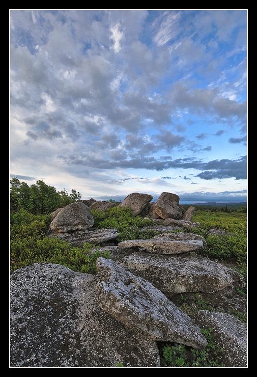 Big Sky on Bear Rocks